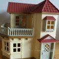 3歳の男の子がシルバニアファミリーの家で遊んだらこうなります