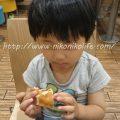 4歳7か月でマックのハンバーガーデビュー!