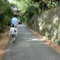 ビオスの丘でカヌーに挑戦する5歳児